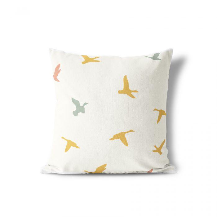 Tuinkussen vliegende vogels Fin & Stip